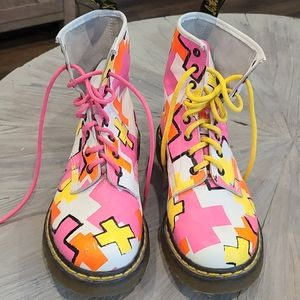 Authentic Rare Dr.Martens Hall Free boots